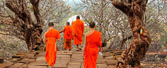 monks_laos